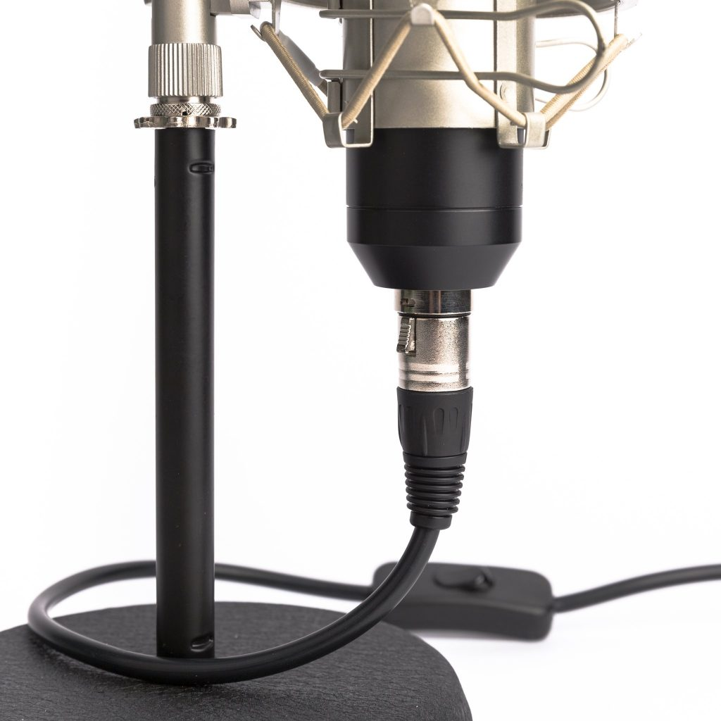microphonemania studio bord lampe3